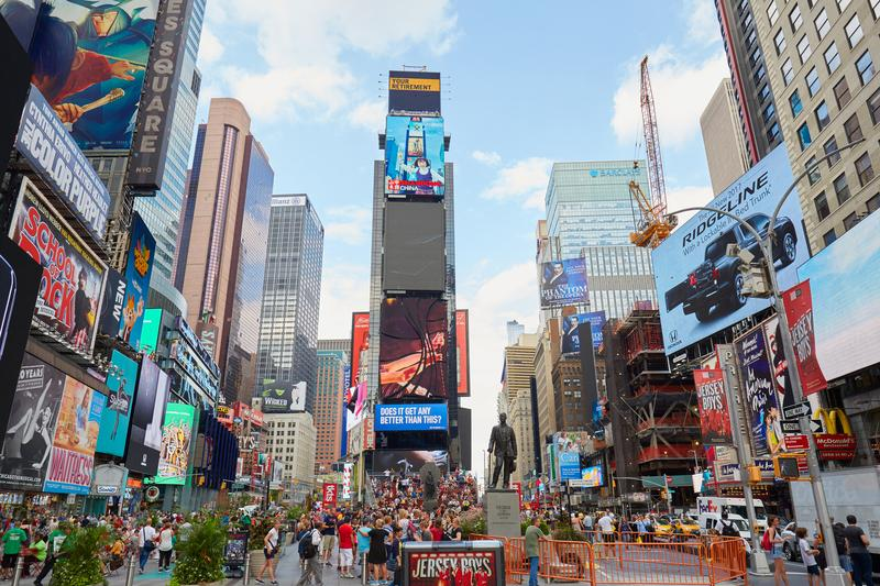 How to Use Outdoor Advertising Effectively for Your Business